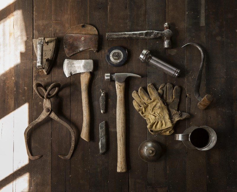 Toolkit with many and varied tools